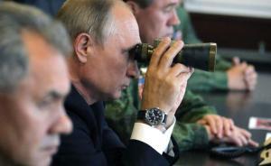 普京现场全程观看中俄实兵演练沙场检阅,魏凤和率观摩团参加