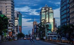 """城市与社会︱在津巴布韦做生意,中国人有""""生存法则"""""""