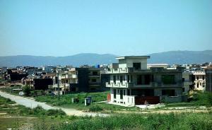 """在""""一帶一路""""進程中聚焦發展中國家的城鎮化"""