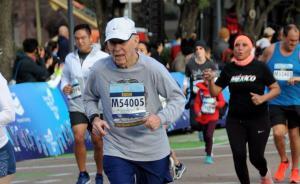 髋关节坏死、中风、肺癌……这位88岁老人用跑步甩开病魔