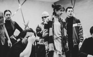 演员万茜十年后回到舞台,主演中德合作话剧《默默》