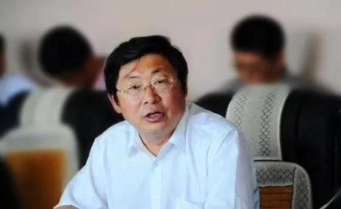 哈尔滨金融学院原党委书记邓福庆被开除党籍、取消退休待遇