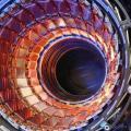大型对撞机盛宴已过?高能物理学者回应杨振宁:盛宴正酣