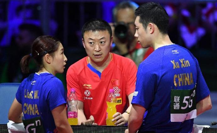 当许昕刘诗雯接受欢呼,他们的教练马琳哭了
