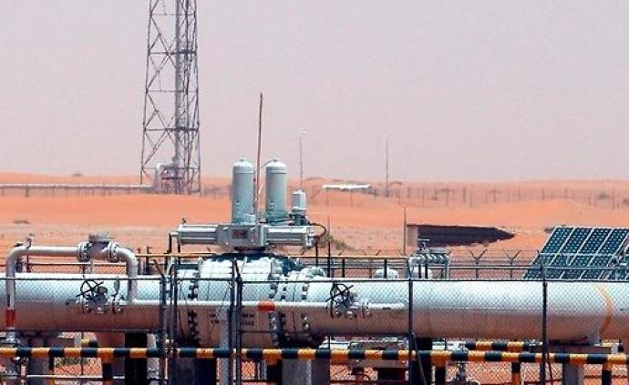沙特王子:伊朗下令胡塞武装用无人机袭击了沙特石油设施