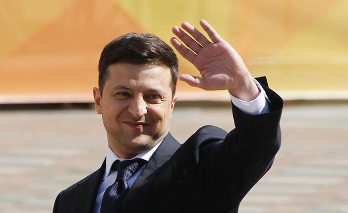 烏克蘭新總統澤連斯基決定解散議會