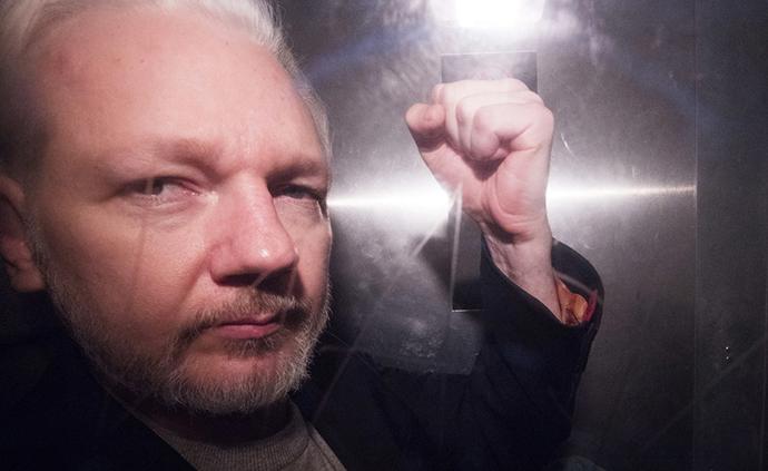 早安·世界|美指控阿桑奇違反《間諜法》,或面臨死刑