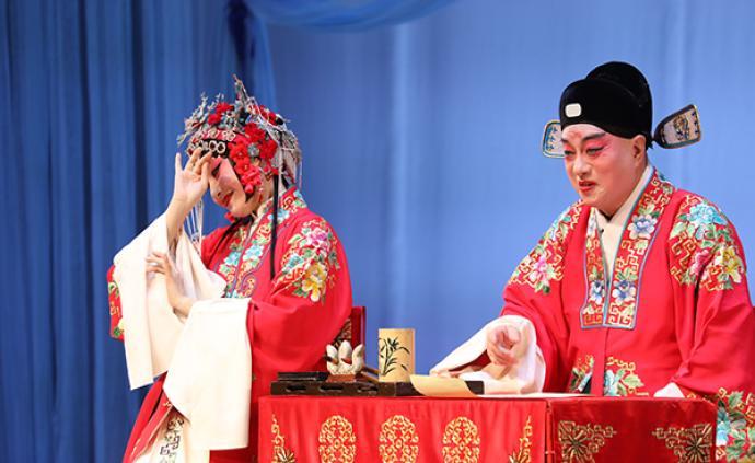 紀念昆曲名家朱傳茗誕辰110周年,蔡正仁、張冉同臺寫狀