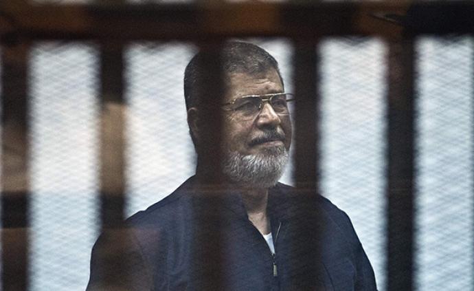 埃及总检察院发布穆尔西庭审死亡情况声明:尸体无外伤痕迹