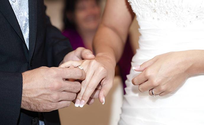 中国家庭︱当前中国人婚姻行为的三个特征