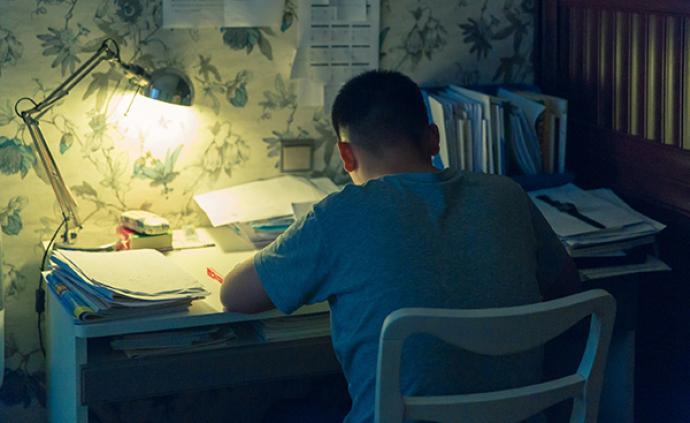 剑桥大学研究:一周工作超过8小时不会增加幸福感