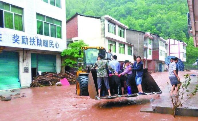 強降雨襲擊15個市州,四川部分江河出現漲水、局部內澇