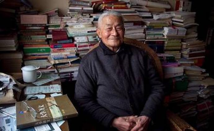 文学界泰斗徐中玉先生去世,享年105岁