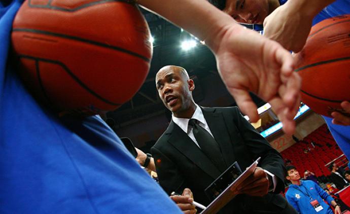马布里圆了教练梦:为中国篮球培养几代人,目标执教国家队