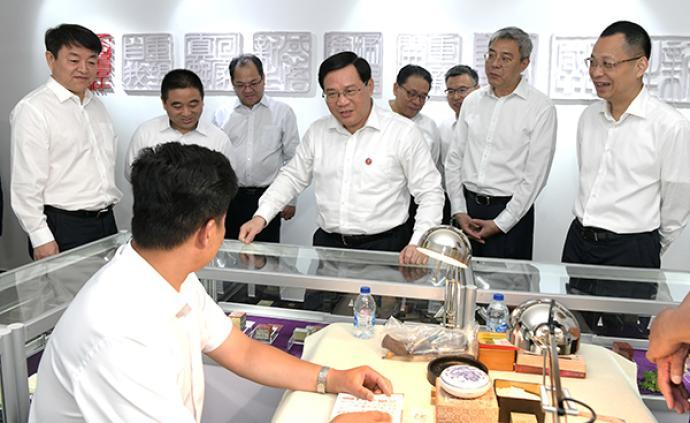国际禁毒日,李强赴基层社区调研戒毒康复工作