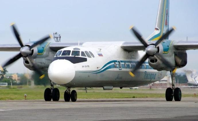 一架飞机紧急迫降俄罗斯,2名飞行员死亡7人受伤