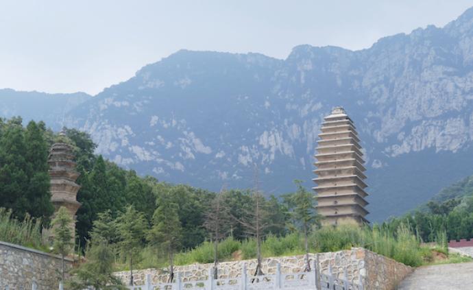 訪古嵩洛,十位歷史學者的時空之旅