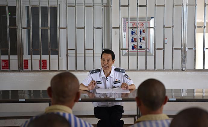 監獄醫生唐順保:守護艾滋病犯十余載,身患癌癥仍堅持返崗