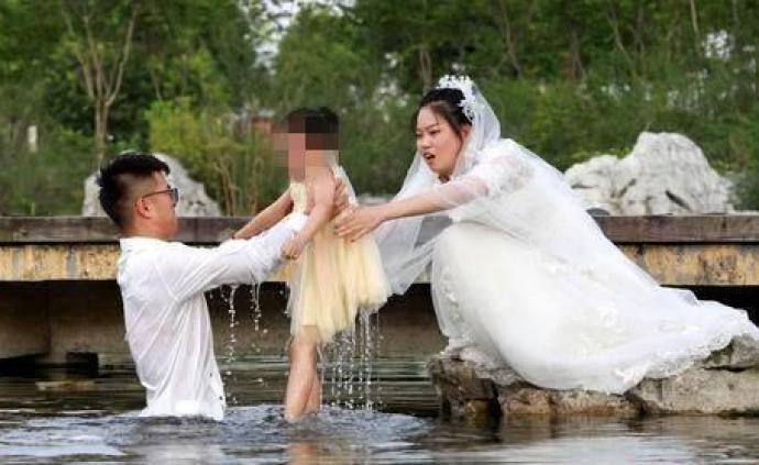 """马上评︱也谈""""最美婚纱照?#20445;?#35201;美更要真"""