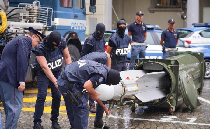 意大利警方突袭尤文极端球迷组织,发现大量武器及一枚导弹