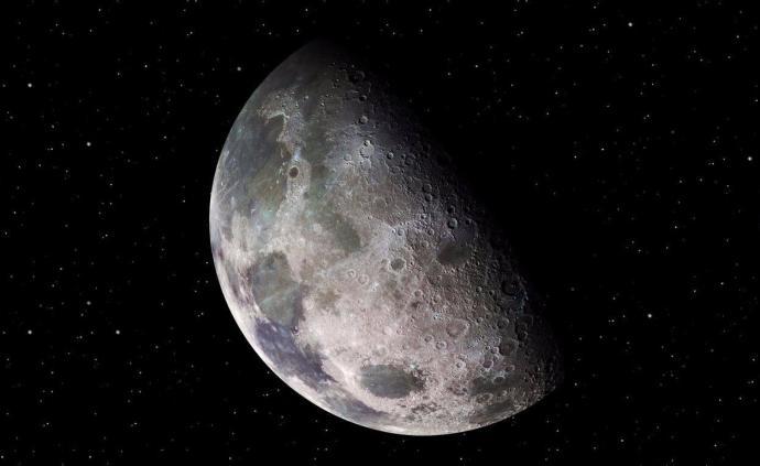 """关于月球的最新冷知识:水分子会""""跳舞""""、矿藏比地球少"""