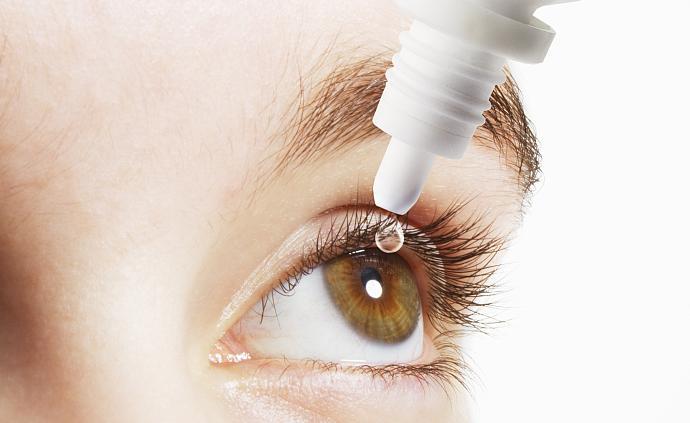 """?#21543;?#22855;眼药水""""引代购热?#20445;?#20302;浓度阿托品可以防治近视吗?"""