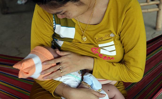 产假6个月、禁止奶粉广告,越南立法促进母乳喂养的两次成功