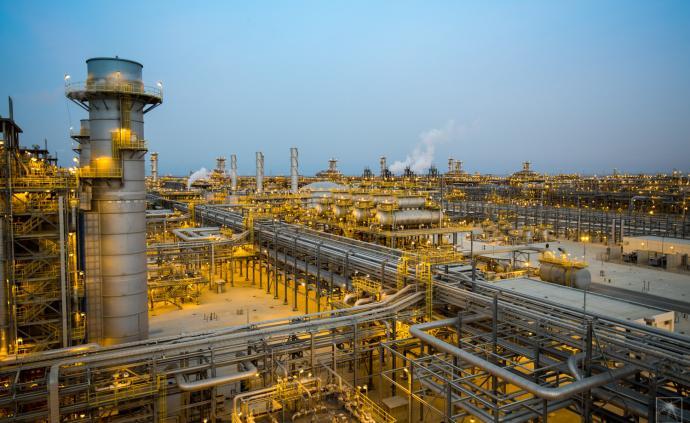 沙特阿美稳坐全球最赚钱公司宝座:上半年净利润469亿美元
