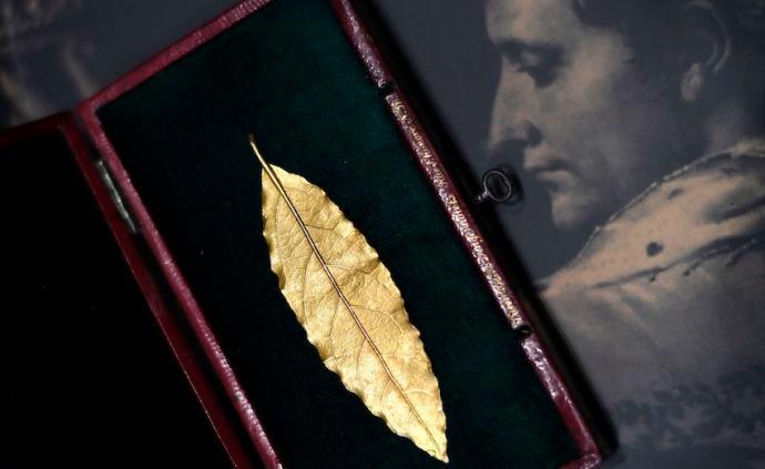 拿破仑诞辰250周年:中国买家曾拍下其皇冠金叶或展出