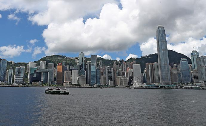 """香港家长痛斥教协煽动学生罢课,高呼""""救救孩子"""""""