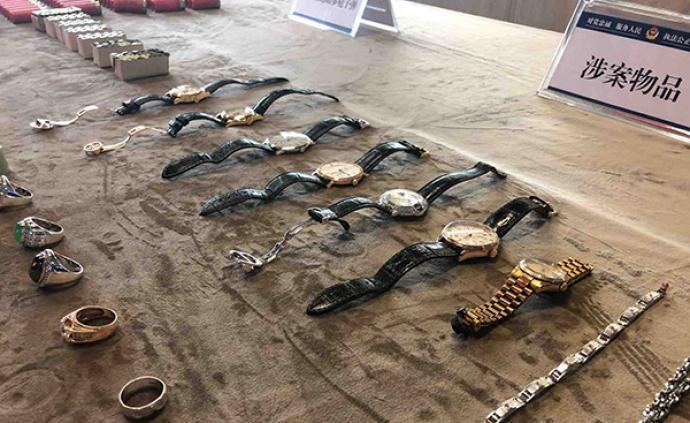 深圳一涉黑團伙壟斷歌舞娛樂業并向境外發展,警方刑拘62人