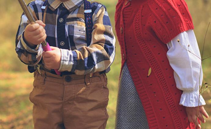 """研究报告建议限制儿童""""玩直播?#20445;?#23186;体:需多措并举及时跟进"""