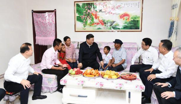 习近平在甘肃考察时强调:团结一心开创富民兴陇新局面