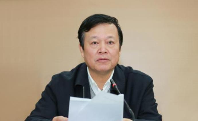 """這名甘當惡勢力""""保護傘""""的江西廳官受審,涉案金額超七百萬"""