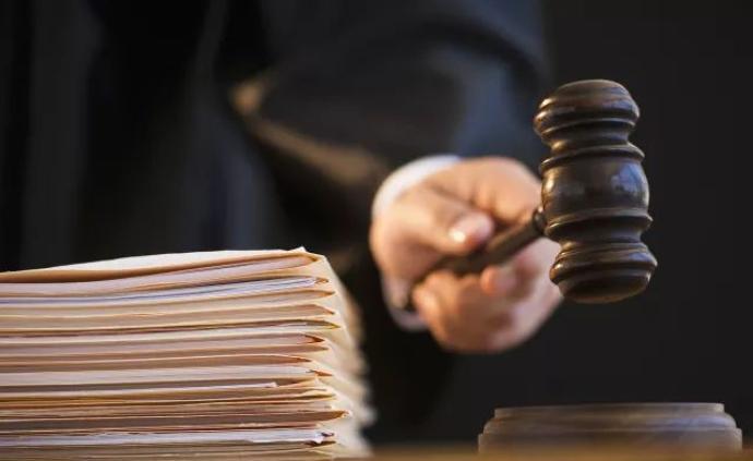 昆明一交警大队协管员被指控收受他人财物50余万,被起诉