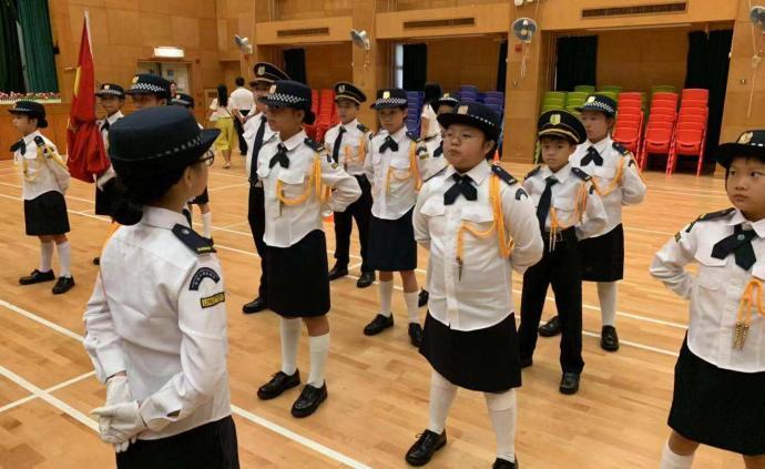 香港黃楚標學校舉行升旗禮,校長黃錦良:罷課影響學生利益