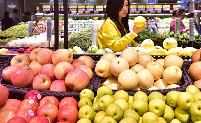 人民日报关注鲜果:水果丰收价格稳,同比涨幅回落