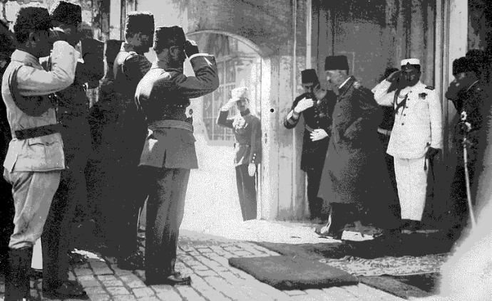 失望與憤懣:今天的阿拉伯人如何評價凱末爾