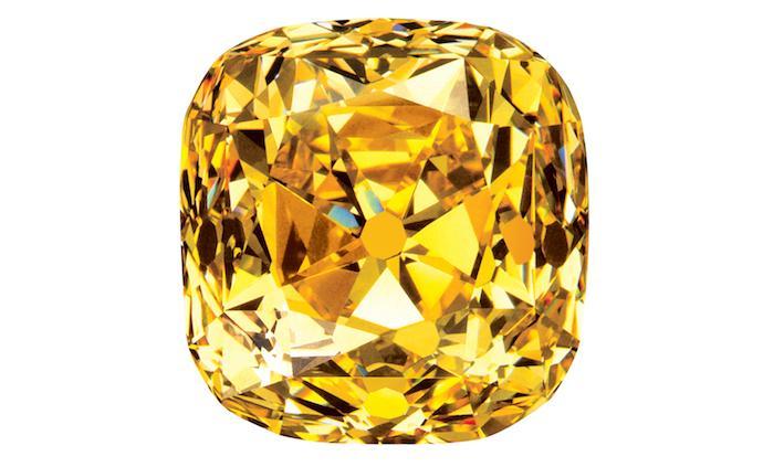 奧黛麗·赫本戴過的傳奇黃鉆的前世今生