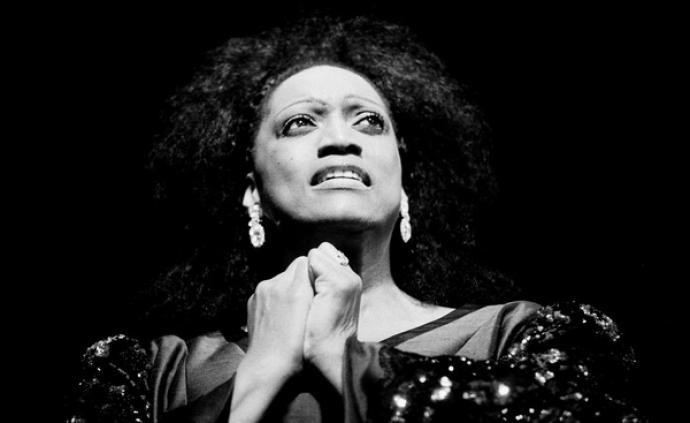 传奇女高音杰西·诺曼去世,我们怀念她