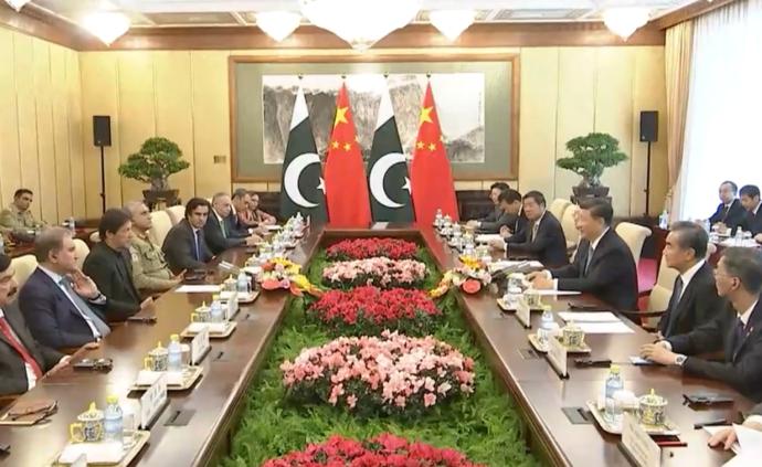 習近平會見巴基斯坦總理伊姆蘭·汗
