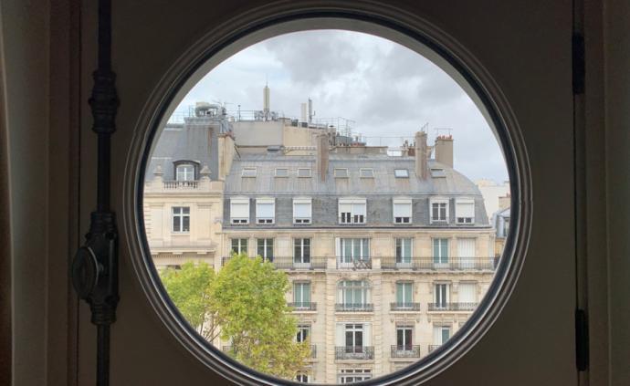 在巴黎,会讲故事的酒店才懂浪漫