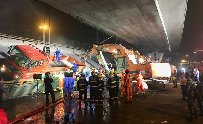 無錫橋側翻事故背后:當地多次強調治超載,全國也在逐步加碼