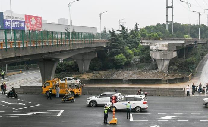 無錫成立側翻橋事故調查組,已對多人依法采取強制措施