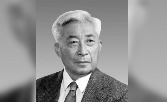 北大原校長丁石孫遺體送別將于10月17日在北京八寶山進行