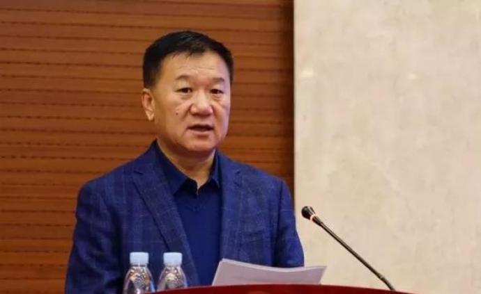 内蒙古科协原副巡视员邱进宝被诉,曾放任企业在湿地内挖鱼塘