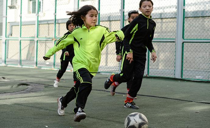 美國研究發現:體育運動可助青少年更好地抗壓