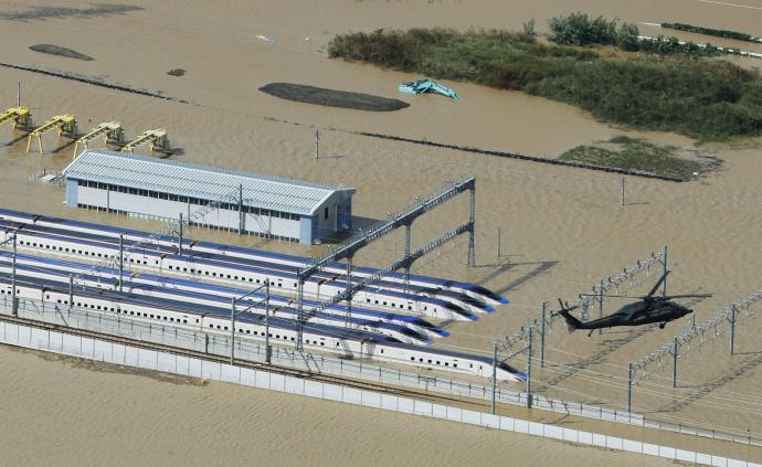 """台风""""海贝思""""袭日:10列新干线被淹受损,造价20亿元"""