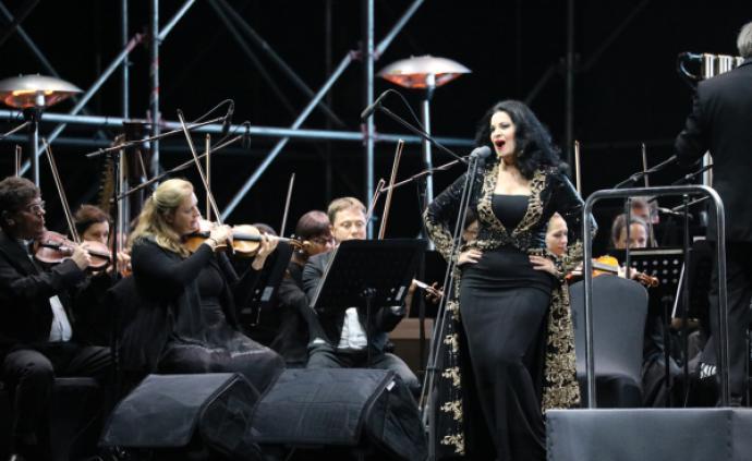 """共青森林音樂節:""""歌劇女神""""安吉拉·喬治烏唱響第一聲"""