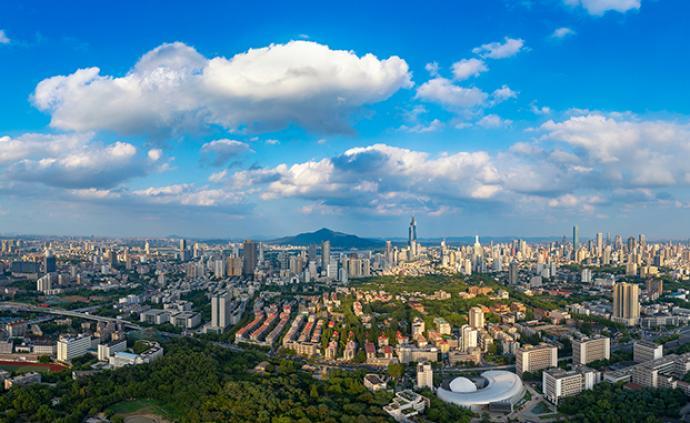 江蘇前三季度GDP為72199.6億元,同比增長6.4%